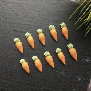 edible carrot toppers