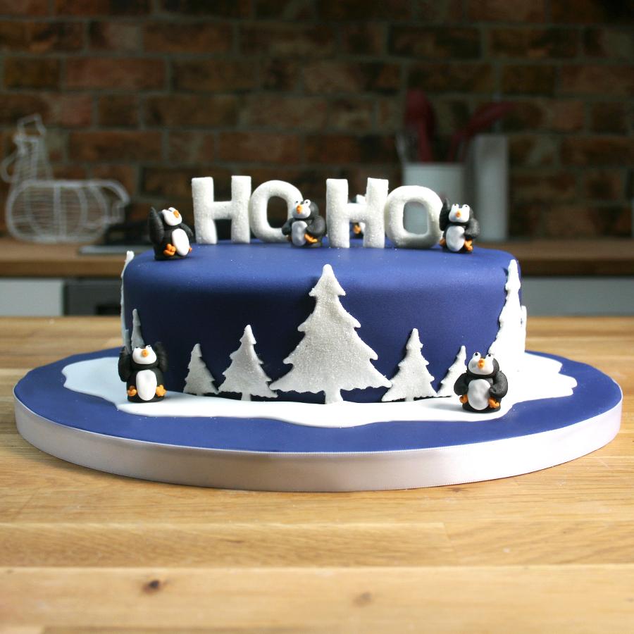 winter penguin cake